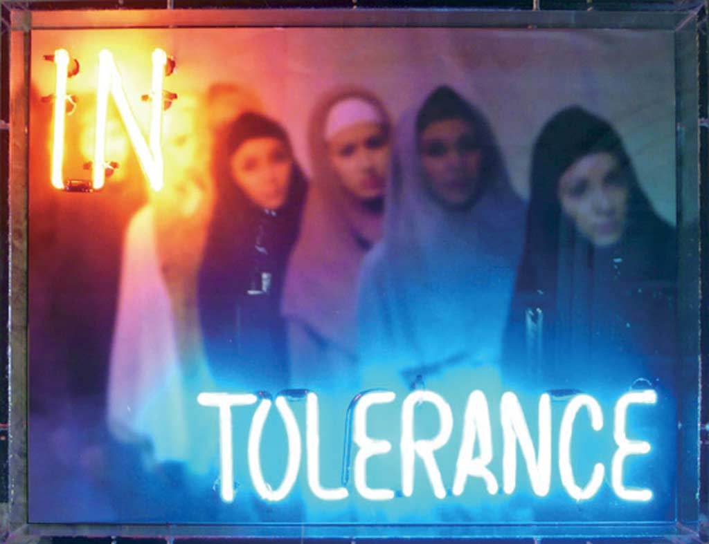 IN-TOLERANCE-A-2005