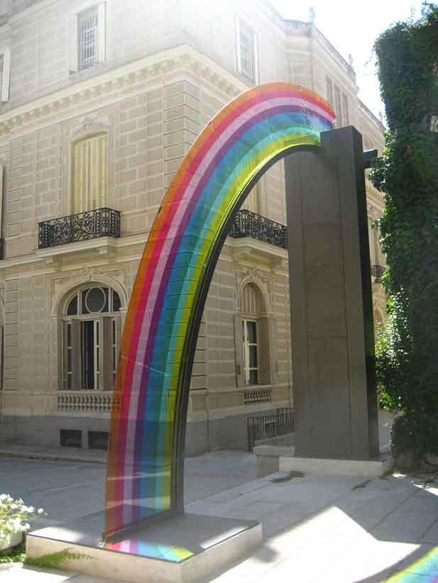 Ambasciata-Madrid-Rainbow-web